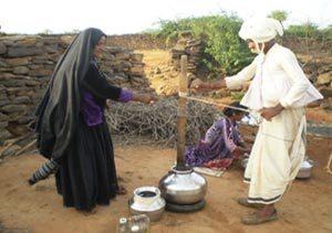 maldhari-making-butter-pic